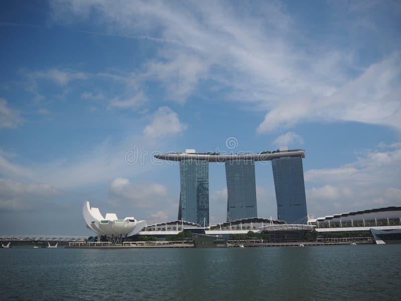 小游艇船坞海湾新加坡沙子地标下午 库存照片