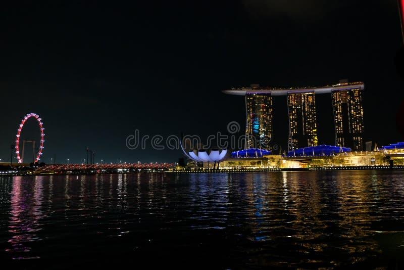小游艇船坞海湾的美妙的看法,新加坡,夜间的 免版税图库摄影