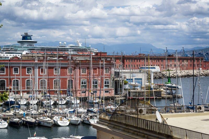 小游艇船坞,那不勒斯,意大利 免版税库存照片
