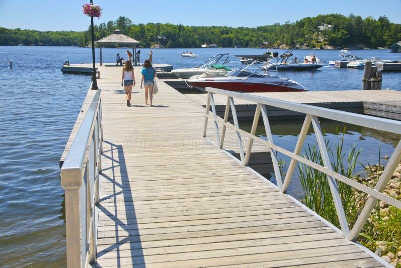 小游艇船坞, Rosseau, Muskoka,安大略,加拿大 库存照片