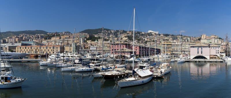 小游艇船坞Molo Vecchio在热那亚,意大利 免版税库存照片