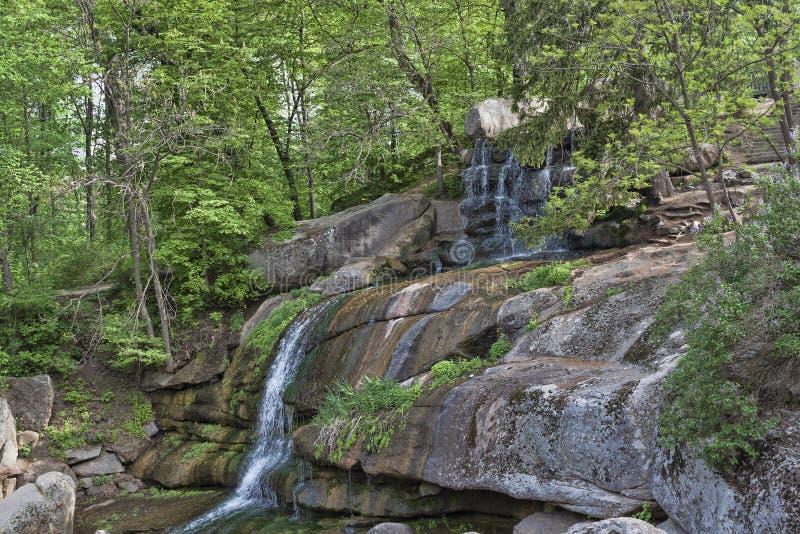 小瀑布在索菲娅公园  免版税库存图片