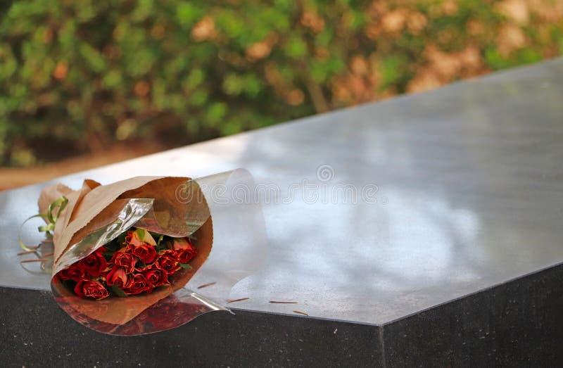 小玫瑰花束  免版税库存图片