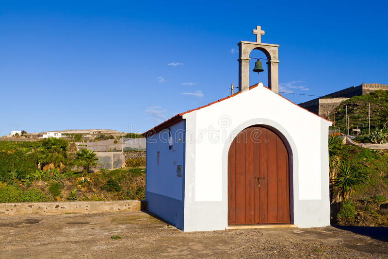 小的偏僻寺院在布埃纳文图拉del Norte,特内里费岛 免版税库存图片