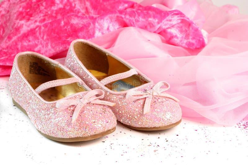 小的公主鞋子 免版税库存照片