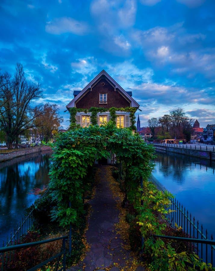 小的法国地区在史特拉斯堡 免版税图库摄影