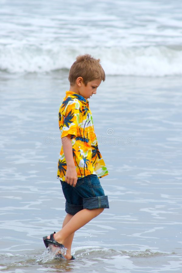小的男孩 免版税库存图片
