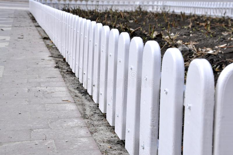 小篱芭在公园 免版税库存照片