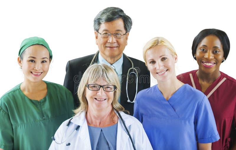 小组不同的不同种族的医疗人民 免版税库存照片