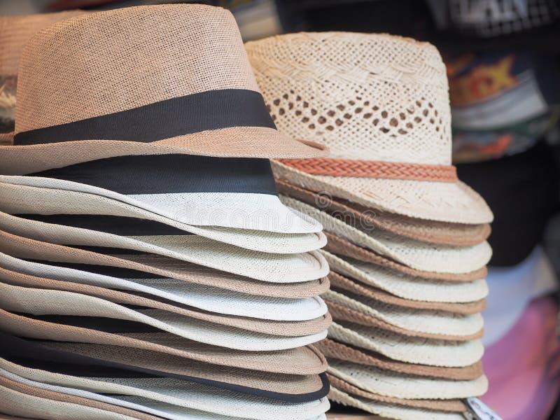 小组人和夫人的俏丽的帽子 库存图片