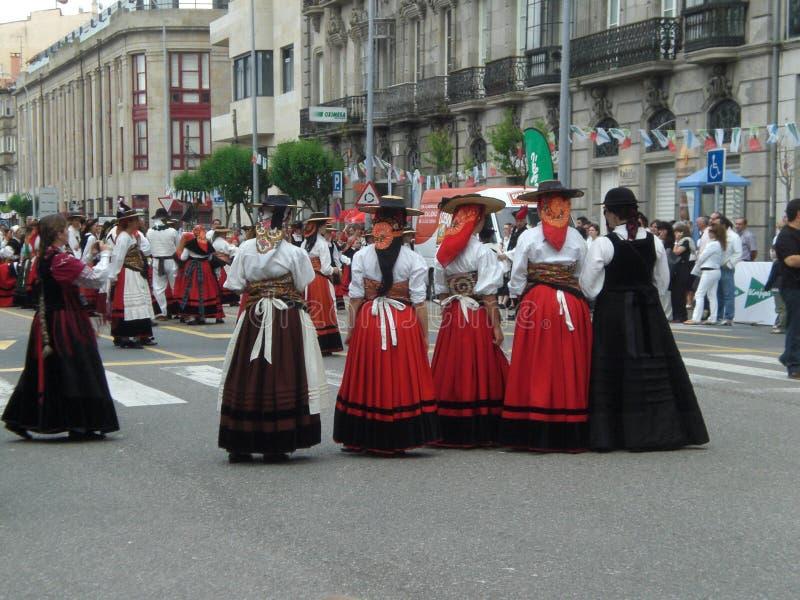 小组有典型的服装的妇女从加利西亚西班牙欧洲 免版税库存图片