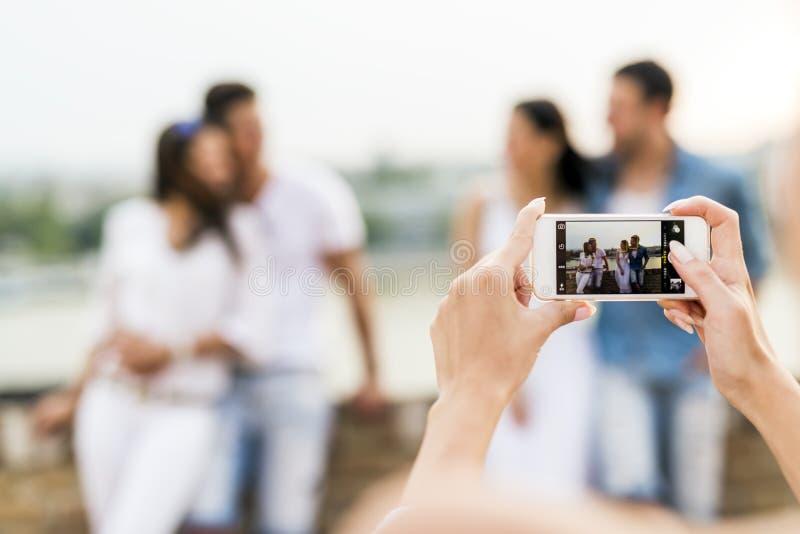 小组青年人被拍摄 库存图片