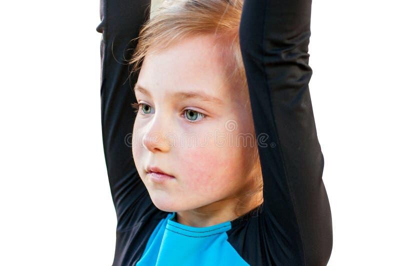 小美丽的体操运动员画象  免版税图库摄影