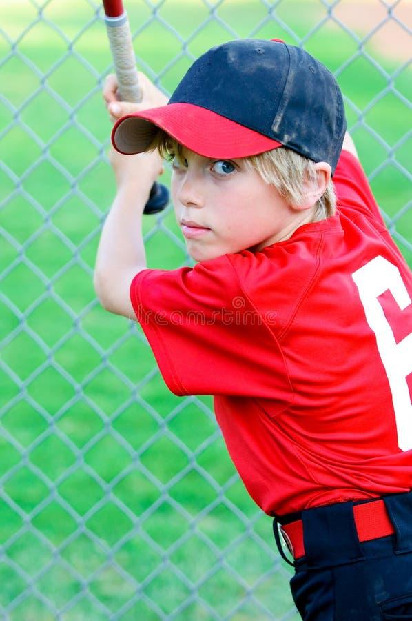 小职业棒球联盟棒球男孩画象 免版税库存图片