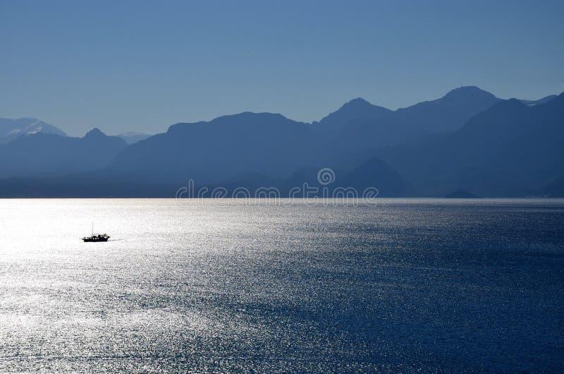 小船偏僻的海运 库存图片