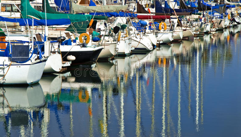 小船加利福尼亚海滨广场风帆 库存图片