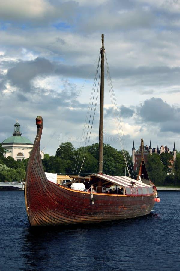 小船北欧海盗 免版税图库摄影