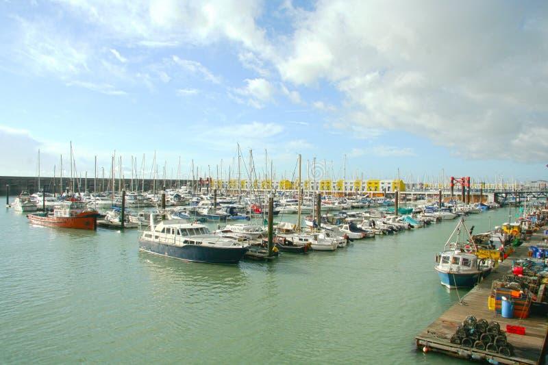 小船在小游艇船坞,英国南部 图库摄影
