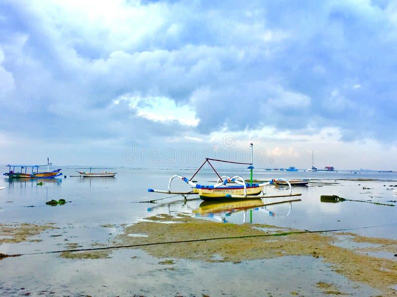 小船在巴厘岛印度尼西亚 免版税库存照片