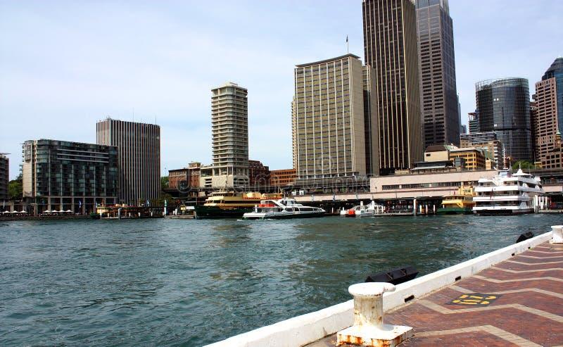 小船在悉尼港口 免版税图库摄影