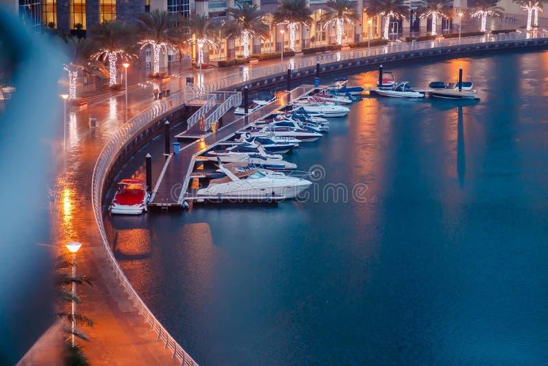小船在海湾 免版税图库摄影