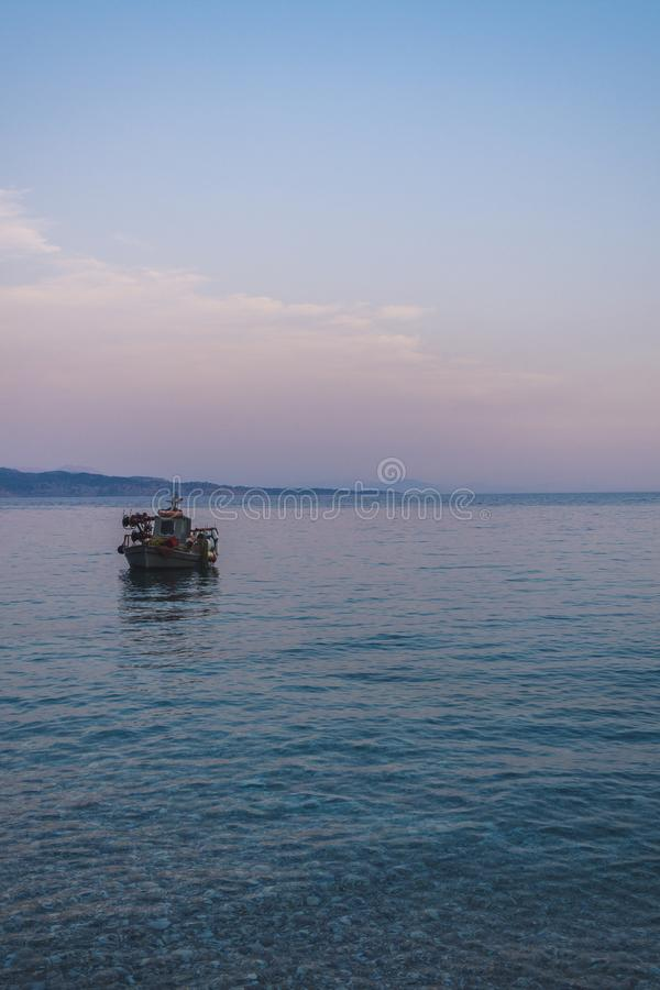 小船在海运 库存图片