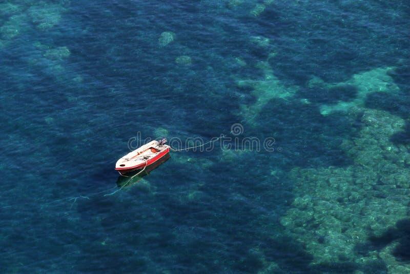 小船在海Parga希腊夏天 免版税库存照片