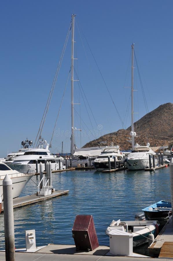 小船在港口, Cabo圣卢卡斯 免版税图库摄影