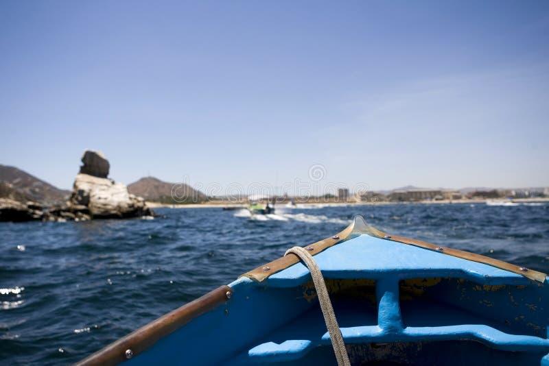 小船在离墨西哥的海岸的附近 库存照片