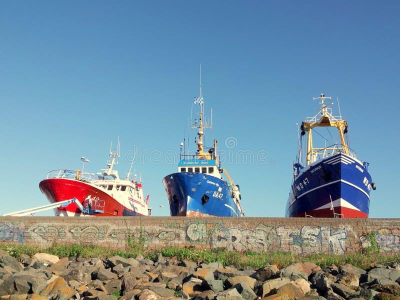 小船在Howth港口 免版税库存照片