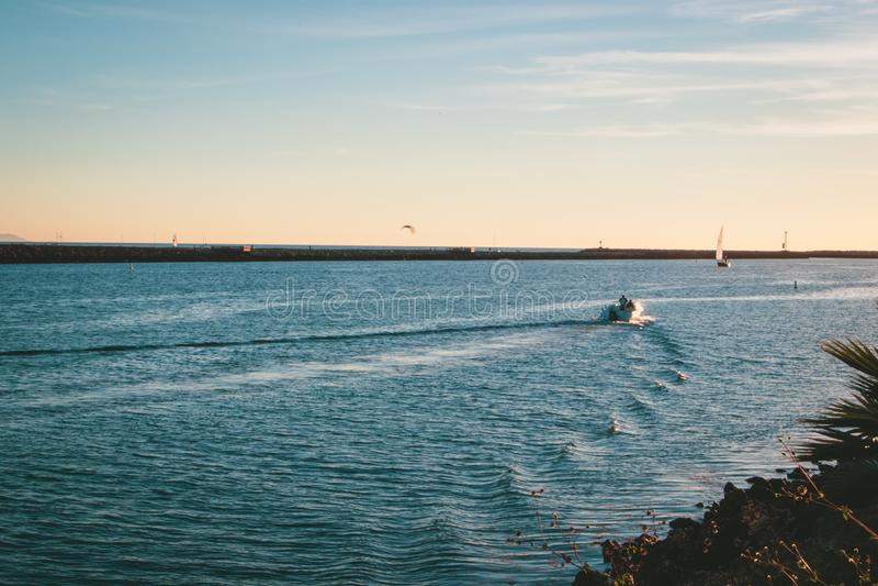 小船在Marina del Ray,加利福尼亚 免版税库存图片