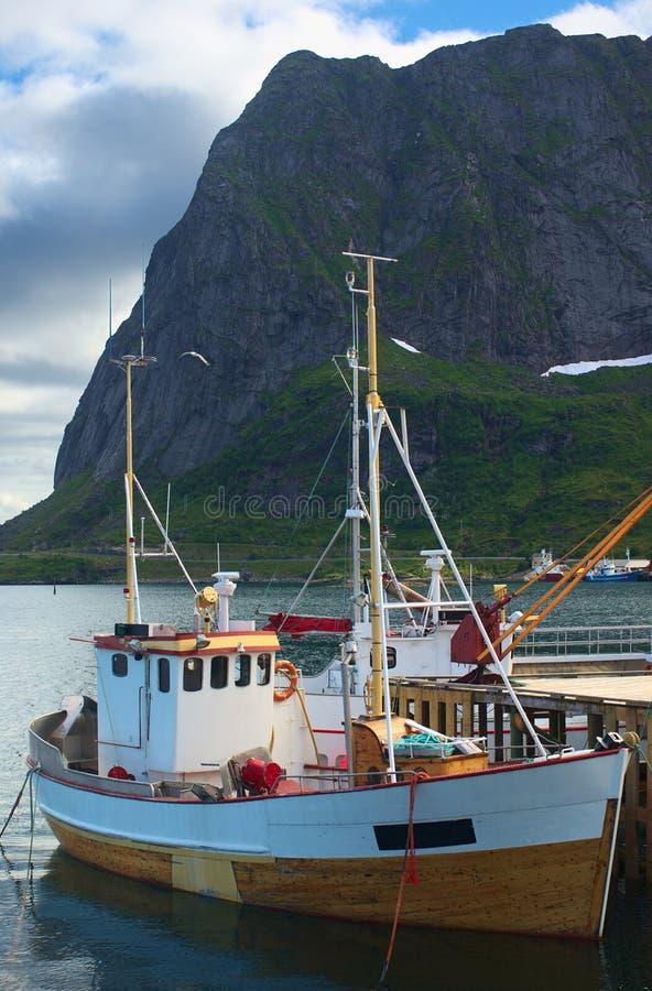 小船捕鱼reine 库存照片