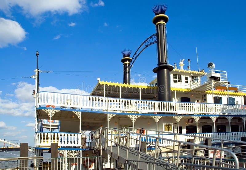 小船新奥尔良河 库存图片