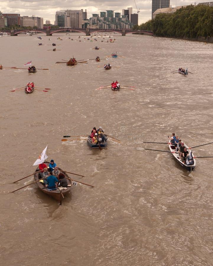 小船极大的种族河泰晤士 免版税库存照片