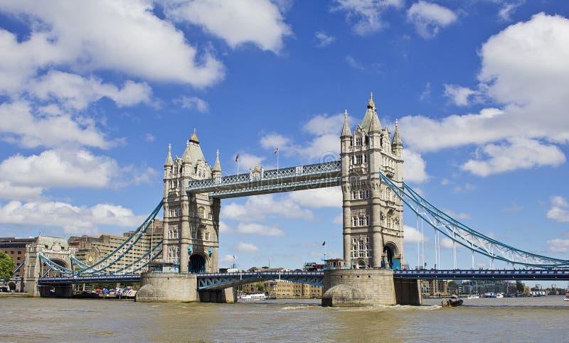 小船桥老伦敦 免版税图库摄影