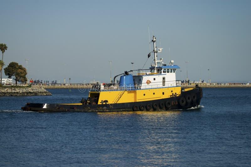 小船海洋猛拉 免版税库存图片