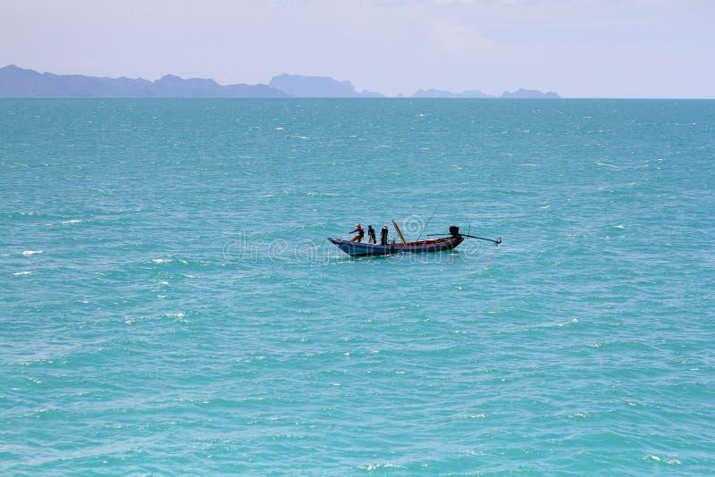 小船的渔夫 图库摄影
