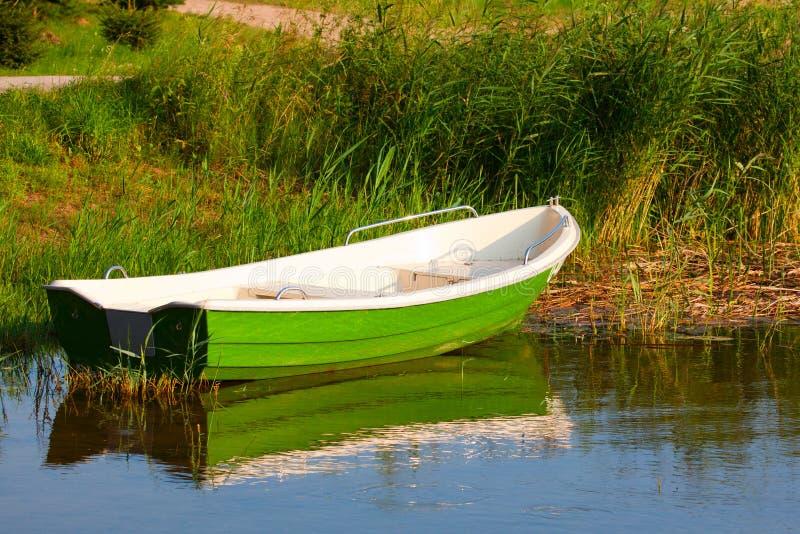 小船绿色 免版税库存图片