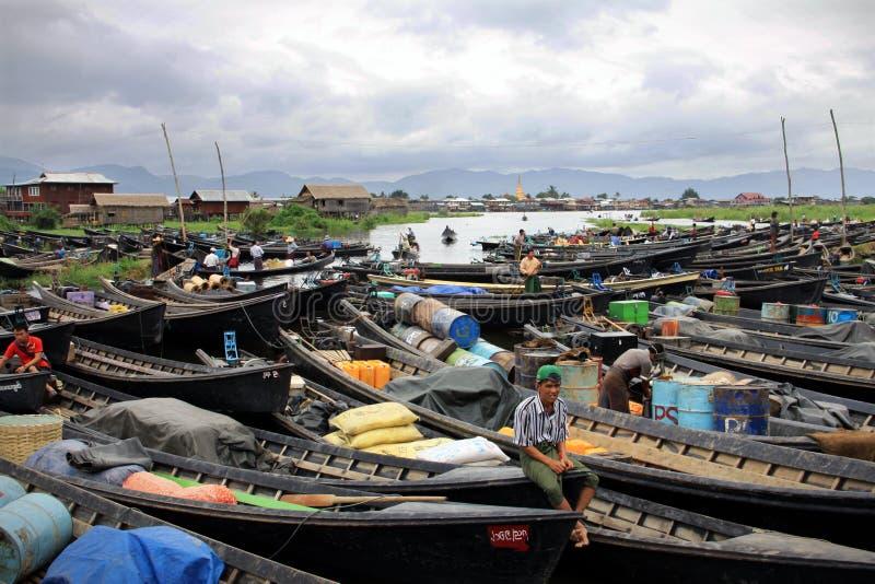 小船缅甸停车 库存图片