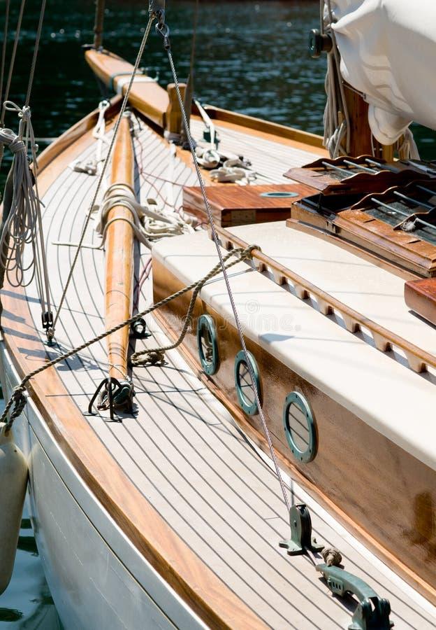 小船老减速火箭的游艇 库存照片