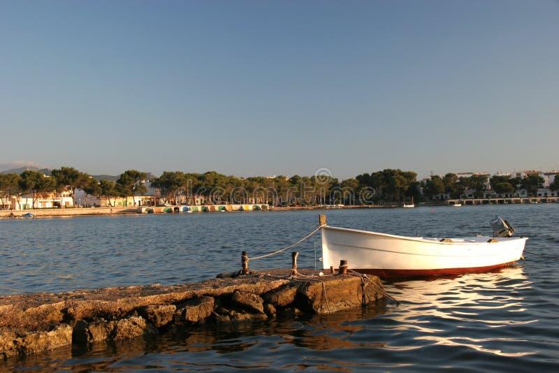 小船被停泊的码头 库存照片
