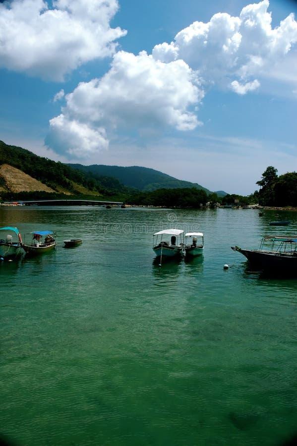 Download 小船钓鱼 库存照片. 图片 包括有 云彩, 捕鱼, 下船, 马来西亚, 热带, 运输, 风帆, 蓝色, 渔夫 - 193720