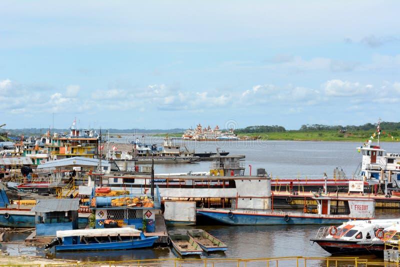 小船靠码头伊基托斯秘鲁 库存图片