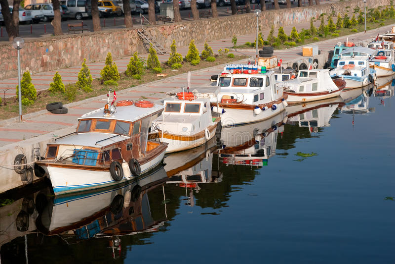 小船马达葡萄酒 免版税图库摄影