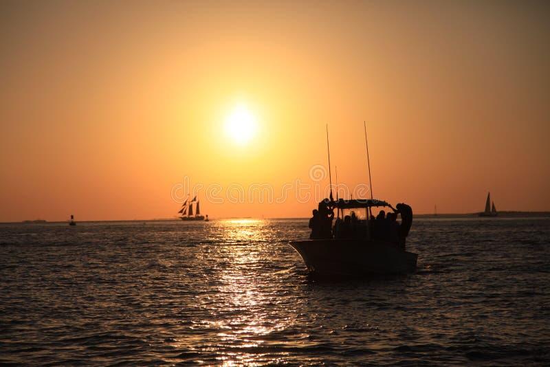 小船,太阳落山,太阳, 库存照片