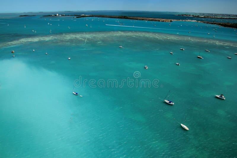 小船,美国鸟瞰图在佛罗里达钥匙的浇灌 库存图片