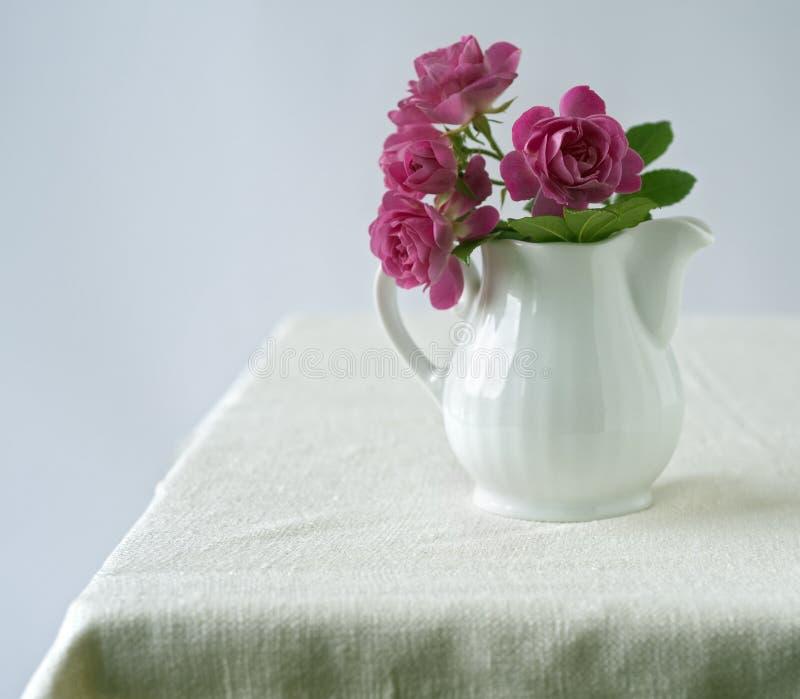 小花束的玫瑰 免版税图库摄影