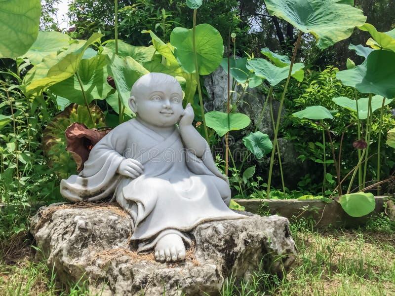 小菩萨的雕象 免版税库存照片