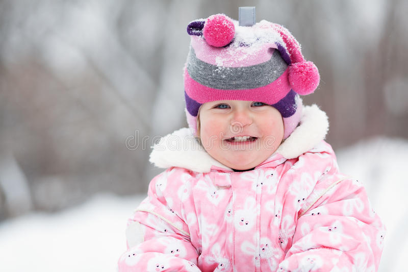 小逗人喜爱的愉快的女婴Portrate  免版税库存图片