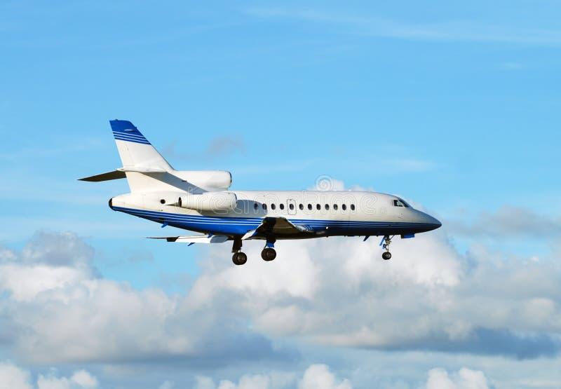 小飞机的飞行 免版税图库摄影